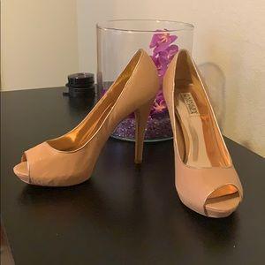Badgley Mischka heels! Only worn once!